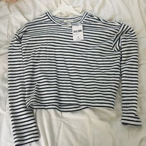 NWT white and navy striped long sleeve top